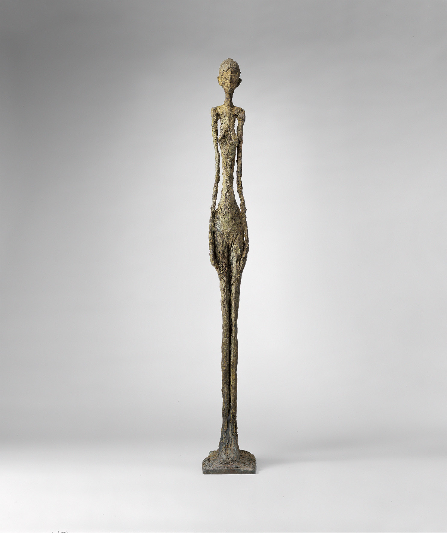 Alberto Giacometti, Femme debout, 1960, bronzo, cm 270 x 35 x 53. Saint-Paul-de-Vence, Fondation Marguerite et Aimé Maeght © Claude Germain - Archives Fondation Maeght (France) © Alberto Giacometti Estate / by SIAE in Italy 2019
