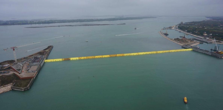 Acqua alta a Venezia: il sistema Mose, la prevenzione e le dighe olandesi Mose1