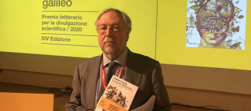 """A Giulio Cossu con """"La trama della vita"""" il Premio Galileo 2020"""