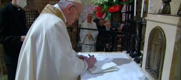 """Fratelli tutti"": le certezze e i dubbi di papa Francesco"