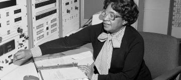 Donne e scienza: riscoprirne il ruolo per riscrivere la storia
