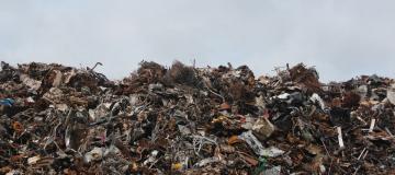 Rapporto Ispra sui rifiuti speciali: