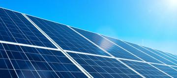 L'energia solare negli Stati Uniti, il nucleare in Cina e il clima in politica