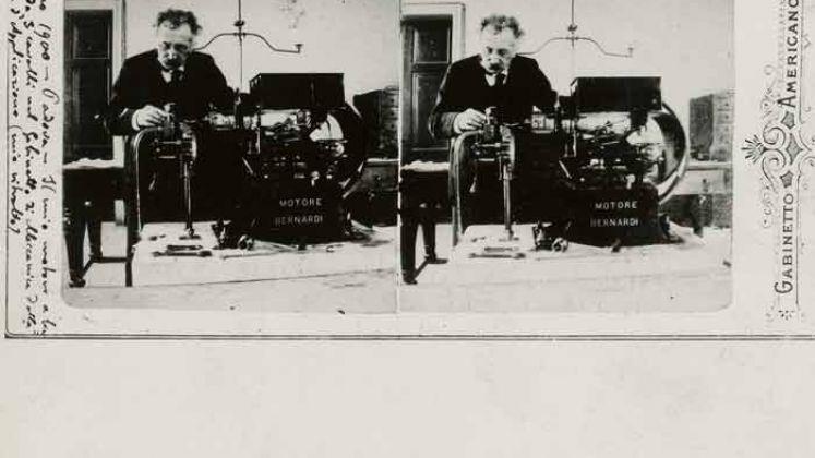 Enrico Bernardi al lavoro sul motore a scoppio