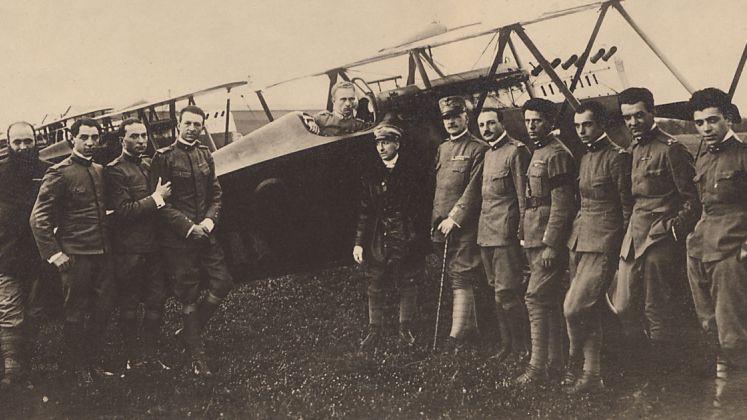 D 39 annunzio il folle volo che cambi la guerra il bo for Cambio orario volo da parte della compagnia
